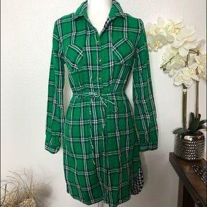 Merona Dresses - Merona Green Tartan Plaid Cotton Shirtdress